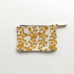 SHIPS NOW! GOLD BERRIES CARD WALLET