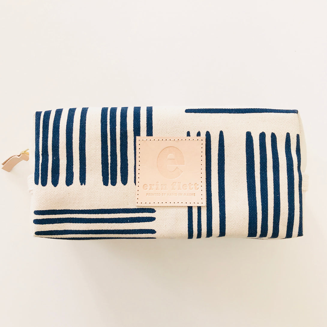 SHIPS NOW! NAVY BRUSH DOPP KIT