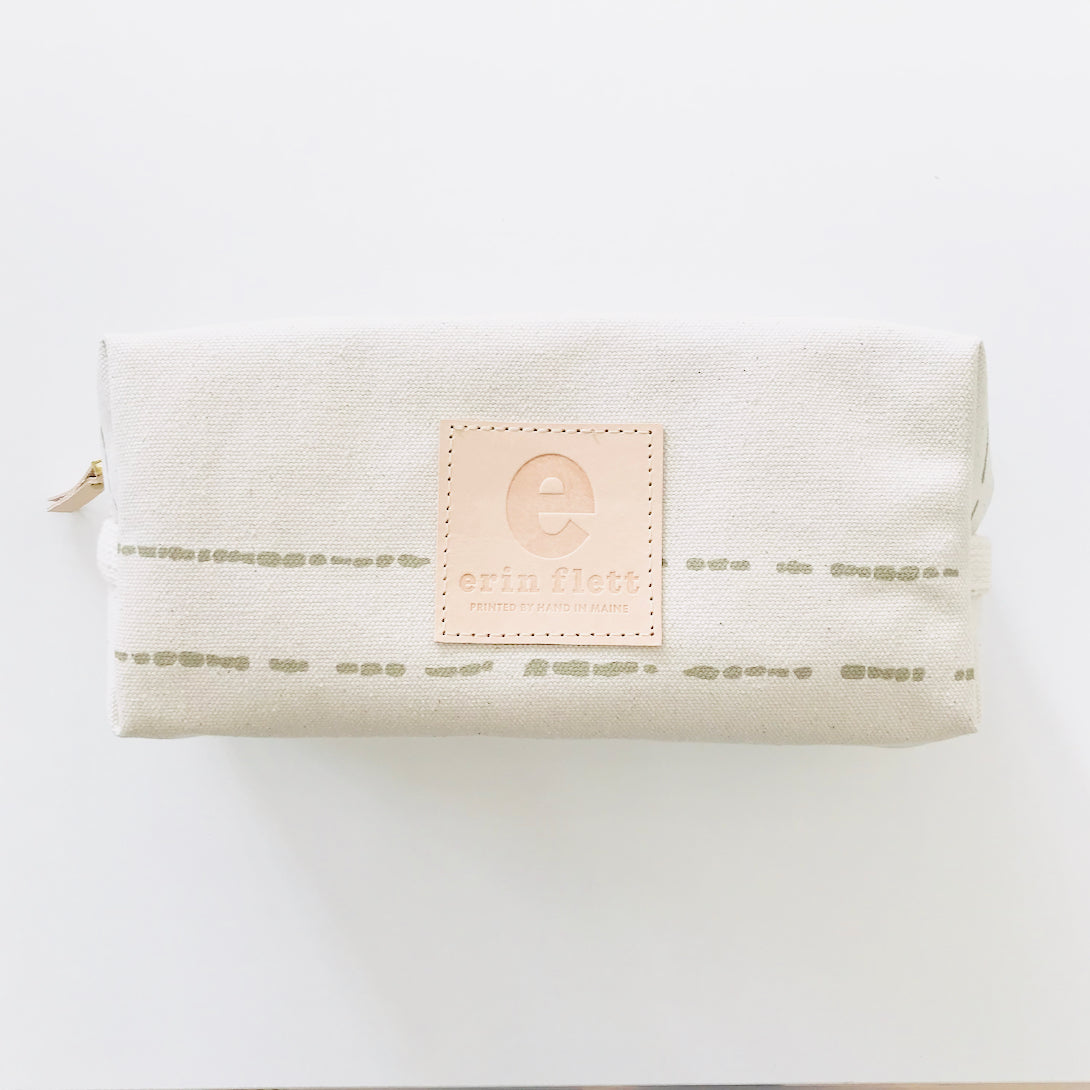 SHIPS NOW! OATMEAL RIVER DOPP KIT