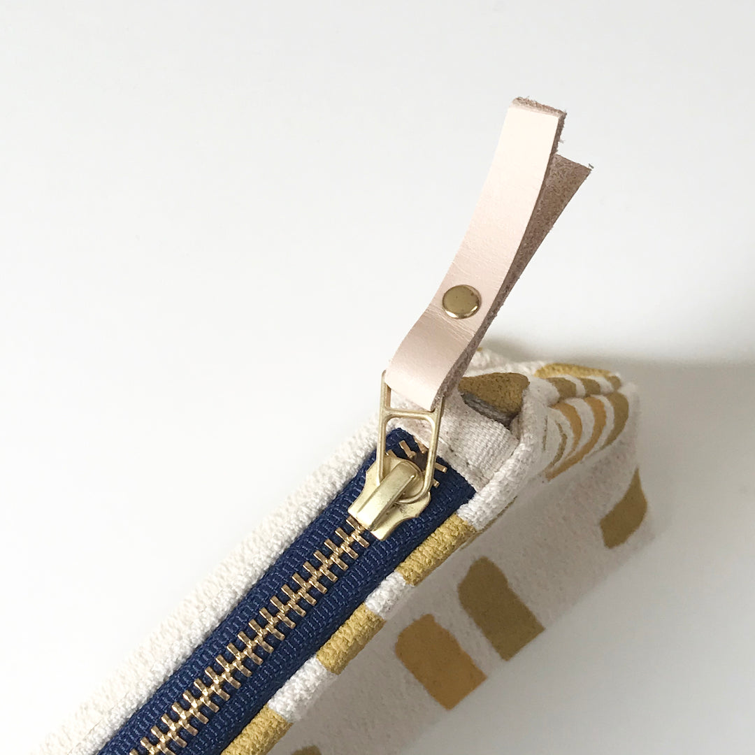 SHIPS NOW! OCHRE GRID MAKEUP ZIPPER BAG