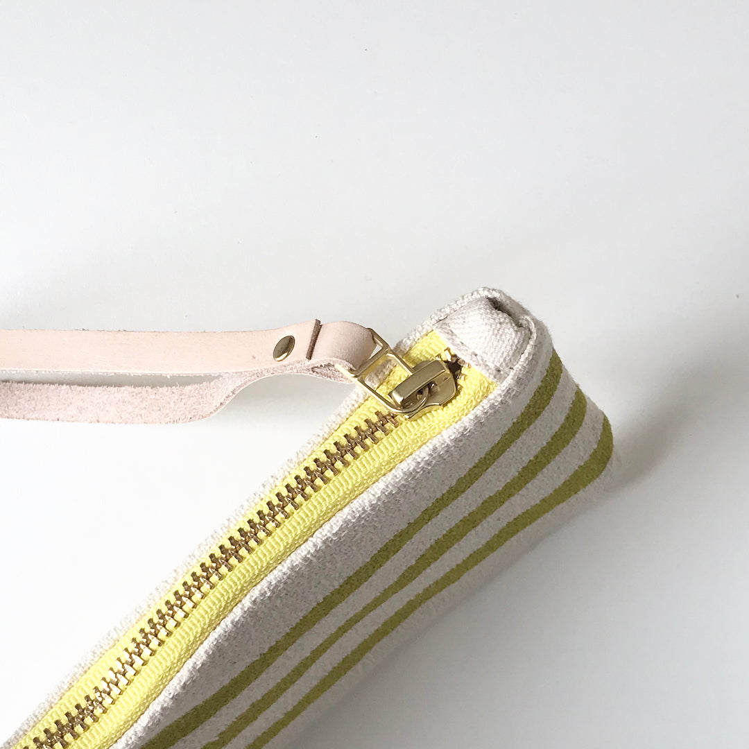 SHIPS NOW! GOLDEN ROD 3 LINE WRISTLET ZIPPER BAG