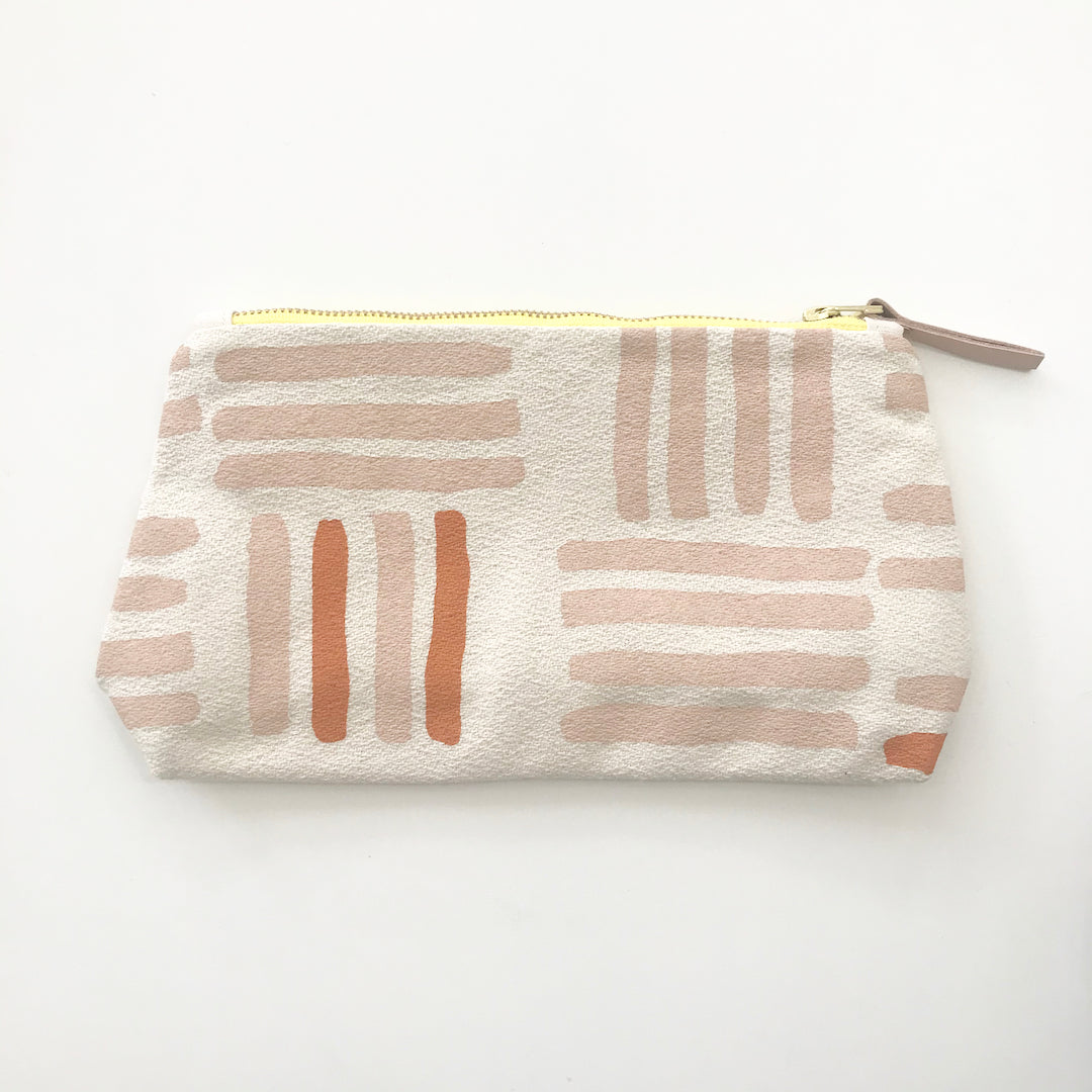 SHIPS NOW! DUSTY PINK GRID MAKEUP ZIPPER BAG