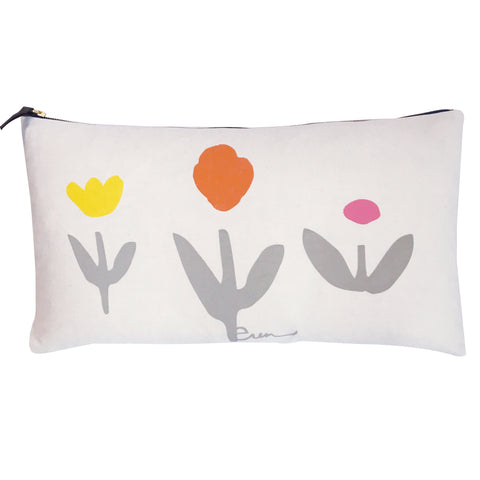 OATMEAL GARDEN PILLOW