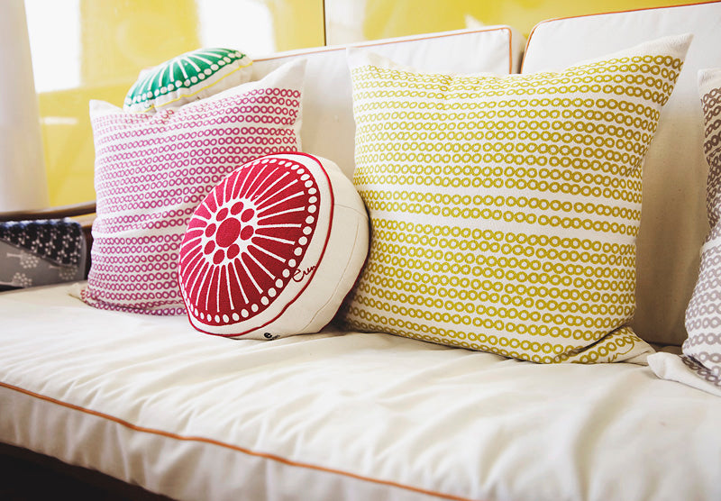 MANGO DECO DOT PILLOW