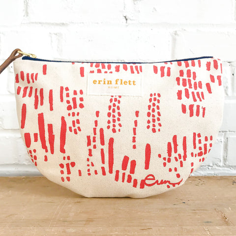 LIPSTICK RAIN HALF MOON BAG