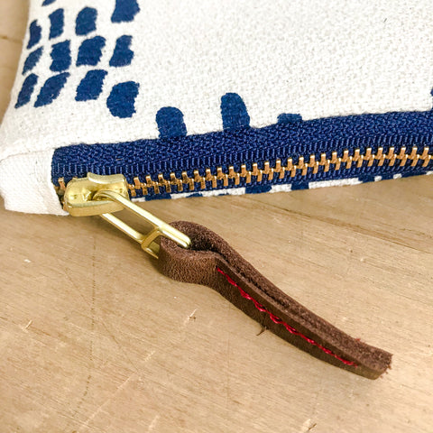 NAVY RAIN CARD WALLET ZIPPER BAG