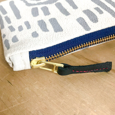 RAINY DAY VIVIAN CARD WALLET ZIPPER BAG