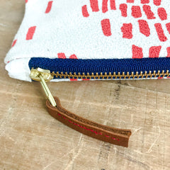 LIPSTICK RAIN PENCIL ZIPPER BAG