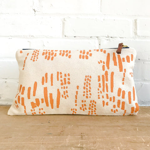 TANGERINE RAIN CLUTCH ZIPPER BAG