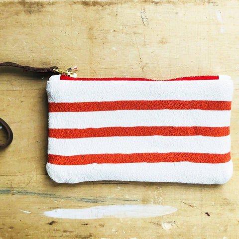 TOMATO 3 LINES WRISTLET ZIPPER BAG