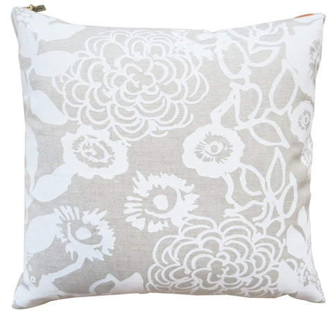 WHITE FLORAL GARDEN LINEN PILLOW