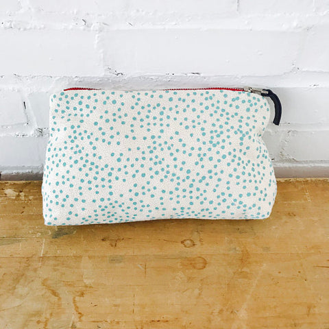 SEA BLUE POLKA DOT ZIPPER BAG