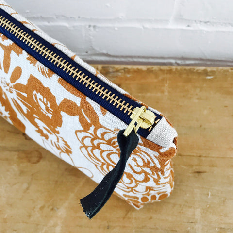 SIENNA WILD GARDEN ZIPPER BAG
