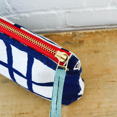NAVY PICNIC ZIPPER BAG