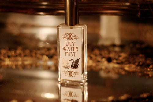 new! LILY WATER MIST ~ Lotus, Cypriol, Nutmeg, Moss & Violet Leaf