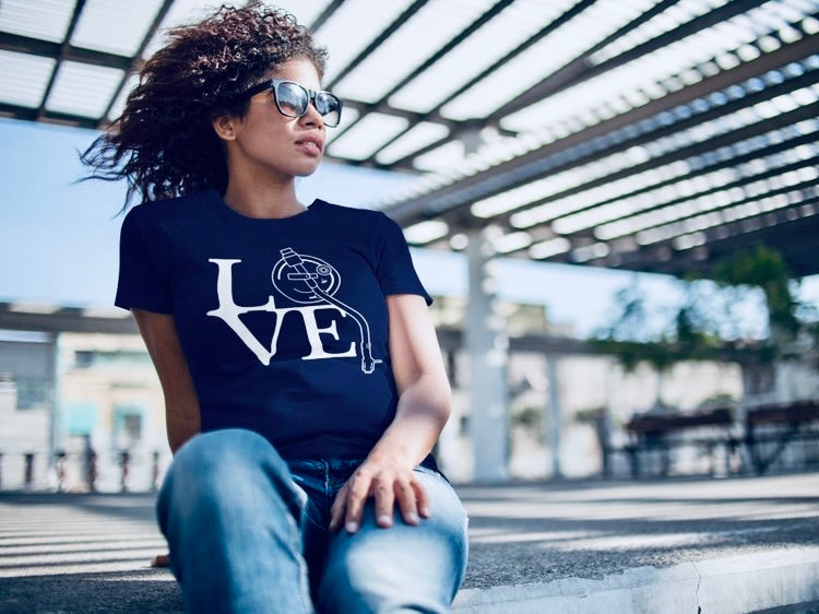 TURNTABLE LOVE - Women's T-Shirt