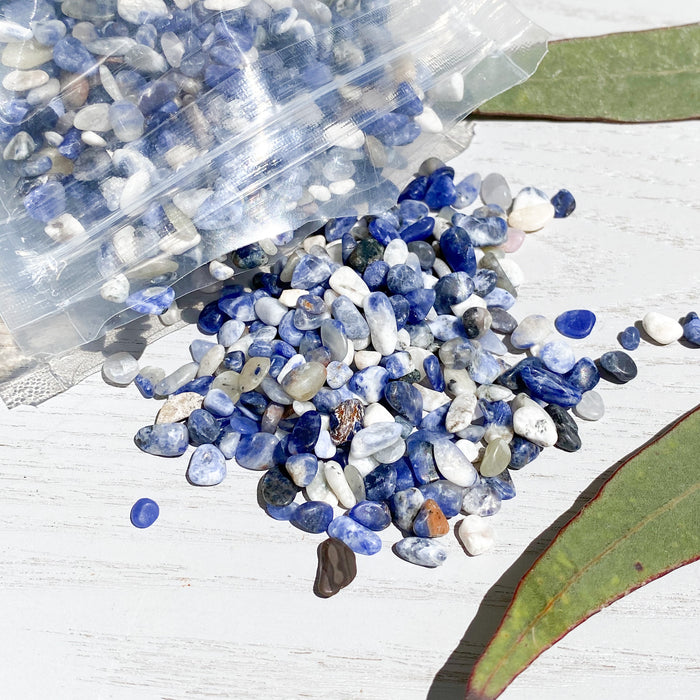 Sodalite Chips 1KG- A+ Grade
