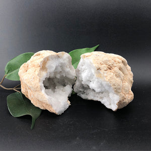 Quartz 'sugar' Geode - Natural Colour Extra Large