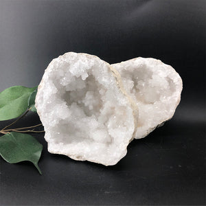 Quartz 'sugar' Geode - Natural Colour Large