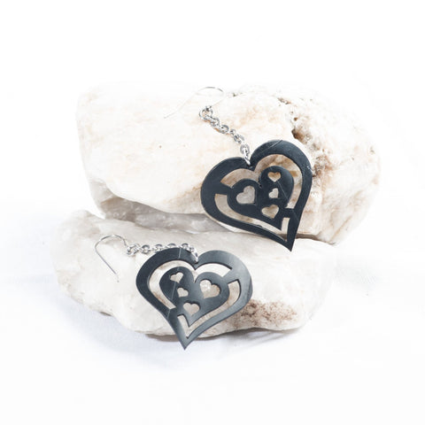 single drop heart earring
