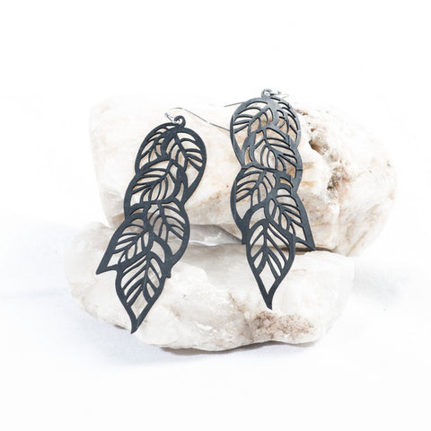 tropical leaves rubber earring