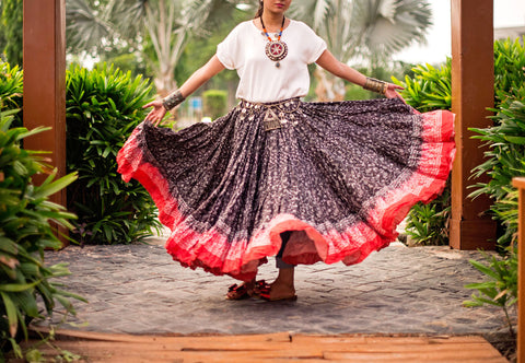 Blockprint Skirt Black Red