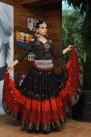 Bollywood skirt red black with padma border