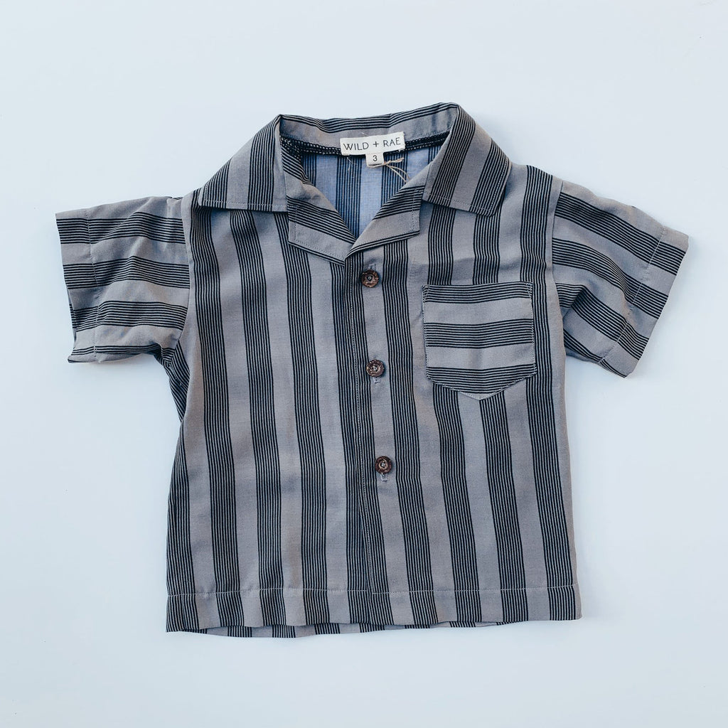 Boy's Sea Gray Button Up