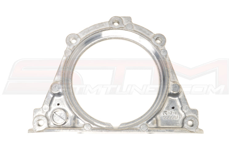 MD172170 Mitsubishi OEM Rear Main Seal Housing for 7-Bolt