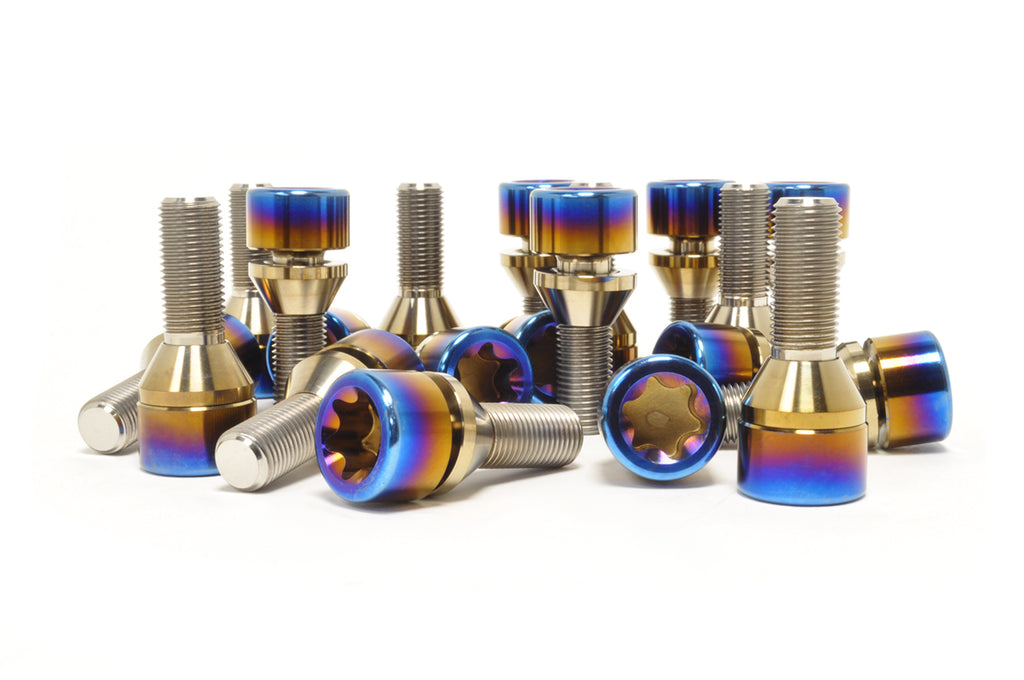 STM Titanium Lug Bolts for Lamborghini