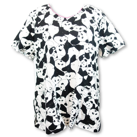 Runway by Cherokee Panda Print Top (602) >> Patterned, X-Large