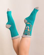 Powder Alphabet Socks - Letter U