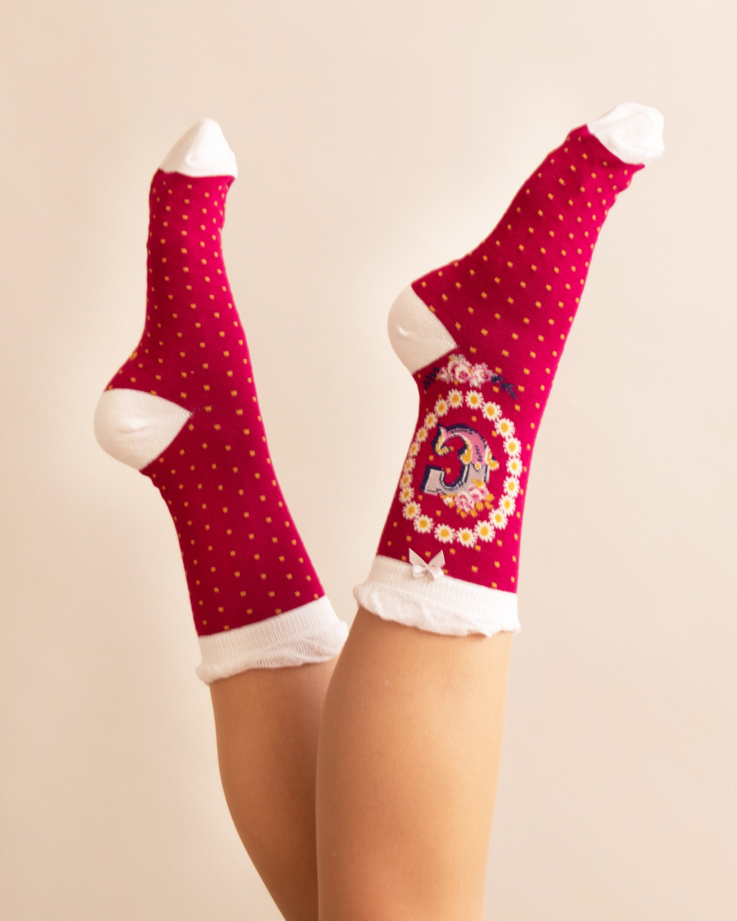 Powder Alphabet Socks - Letter C