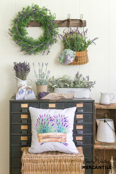 dried lavender and lavender throw pillow and decor
