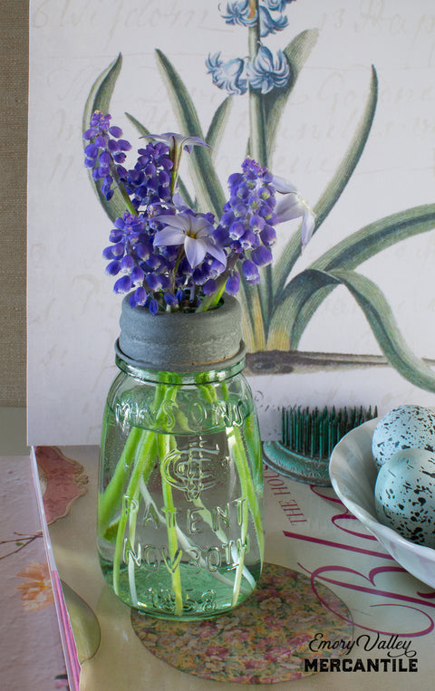 mini mason jar with flower frog lid
