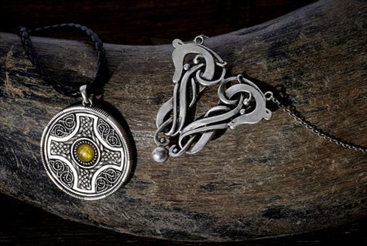 The Nordic Pendant | The Medieval Store