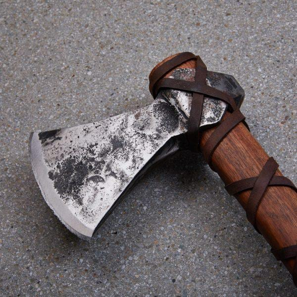 Gotland Jonasson Viking Axe | The Medieval Store