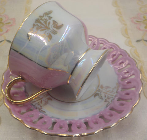 Porcelain Tea Cup and Saucer - Vintage Sonsco Japan - Gold Gilding