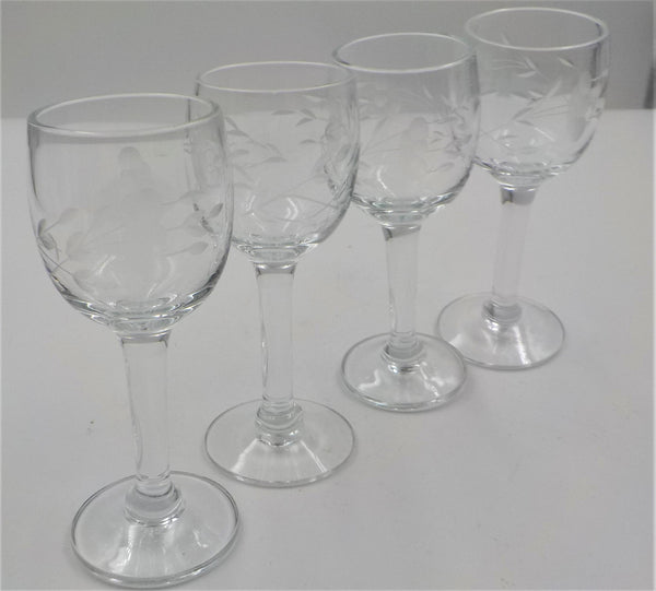 Cordials - Set of 4 -Princess House - Heritage Pattern -  Cordial glasses  Aperitif Glasses  Etched -Chic - Elegant - Vintage Barware - Gift