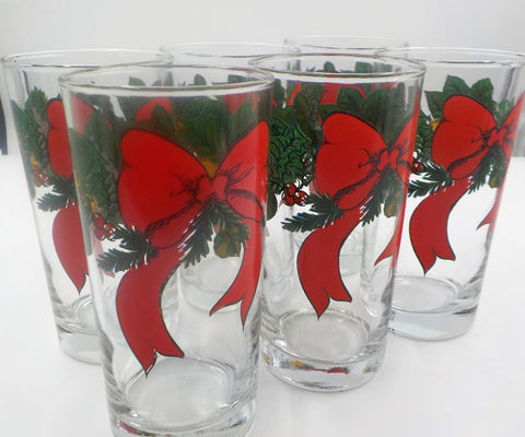 6  Christmas Tumblers - Holiday Glasses - Excellent Condition - Anchor Hocking Glass