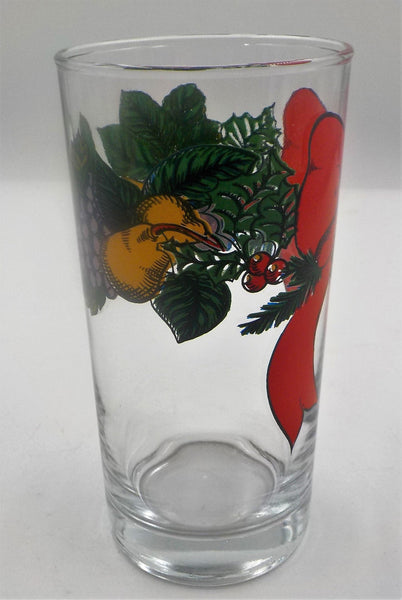 4 Christmas Tumblers - Holiday Glasses - Excellent Condition - Anchor Hocking Glass