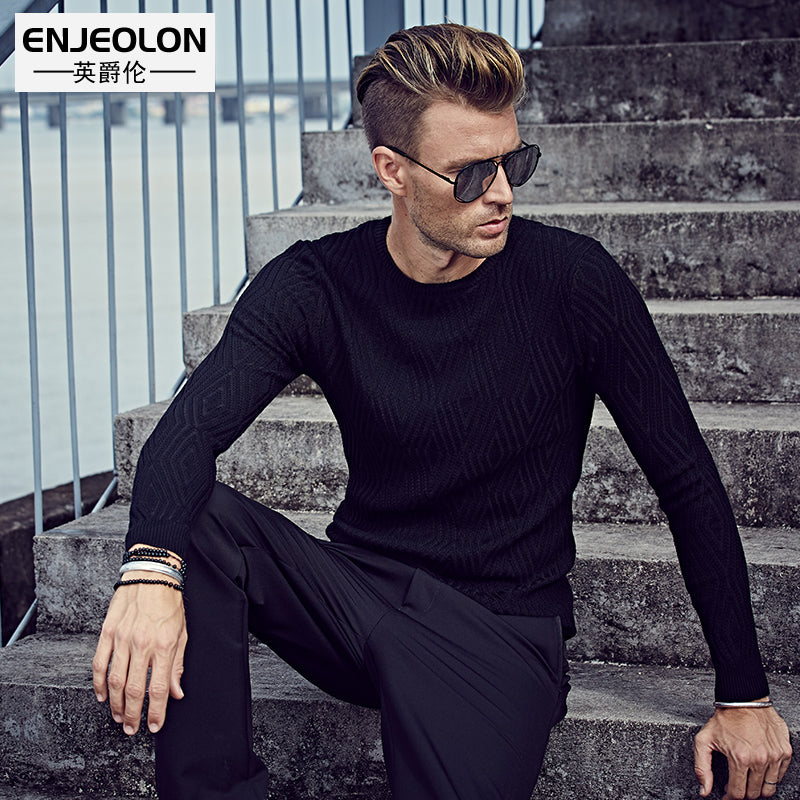 Fashion Knitted pullover Sweaters man O,neck black Sweater