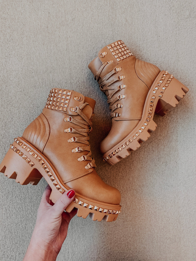 Ready For Anything Boots: Tan