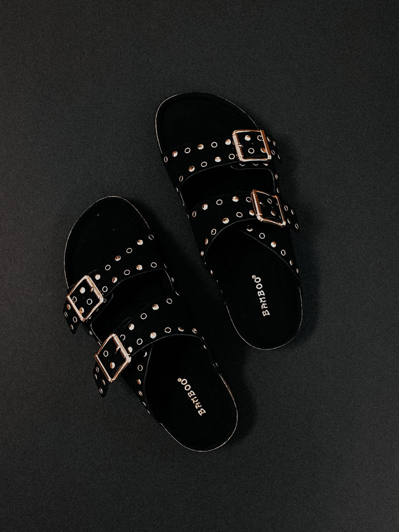 The Stella Sandals: Black