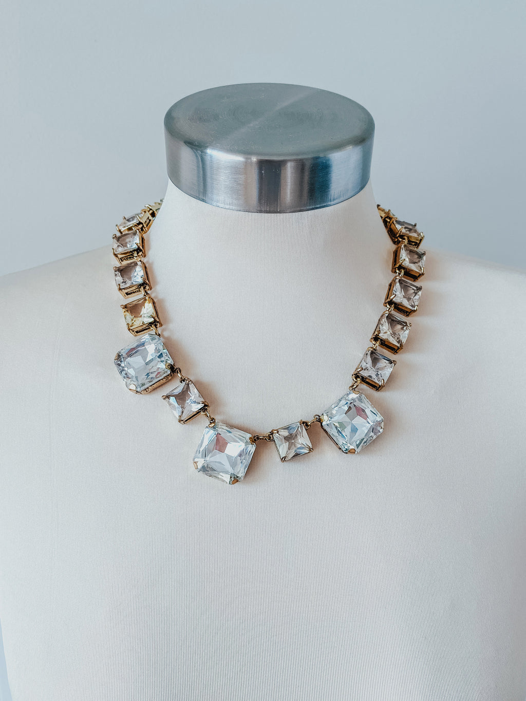 The Veronica Necklace: Gold
