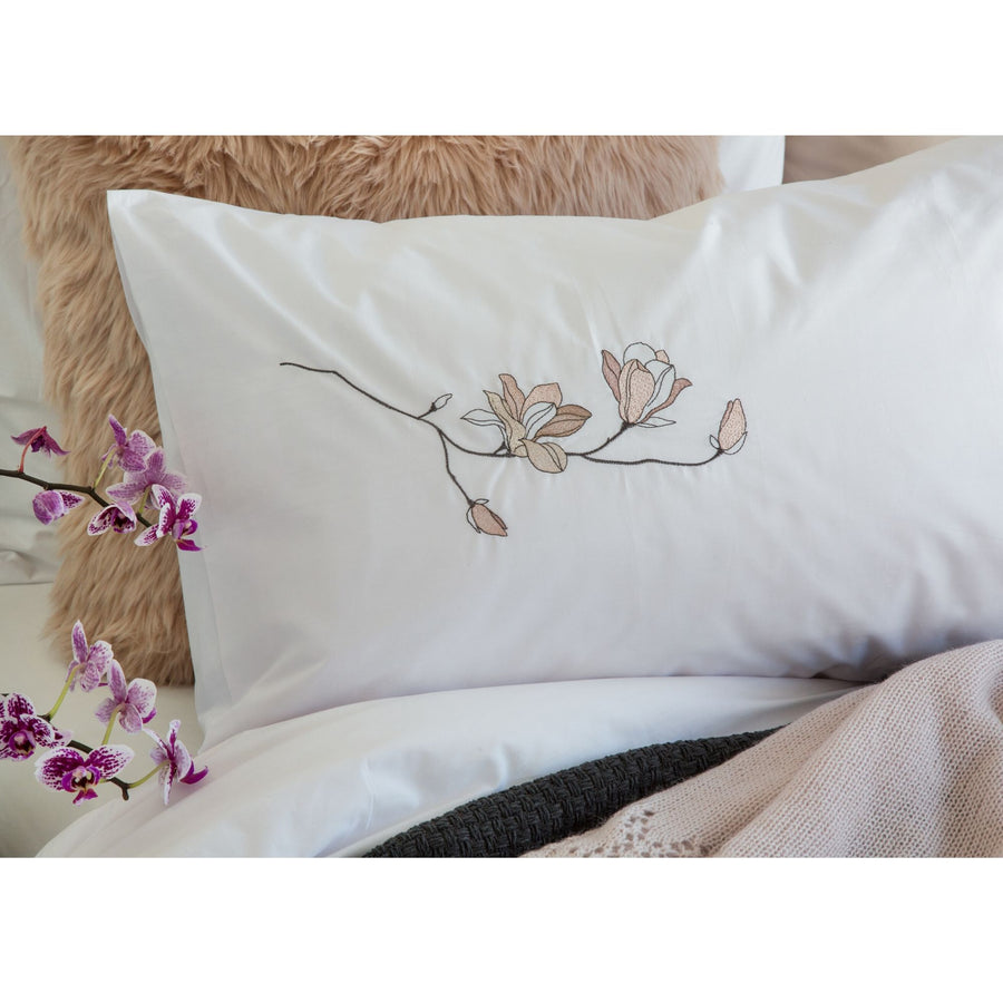 Magnolia White Duvet Cover Set