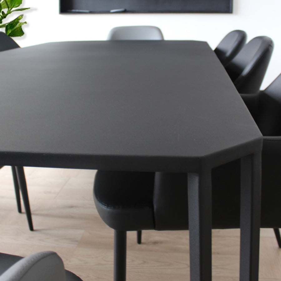 Octader Dining Table
