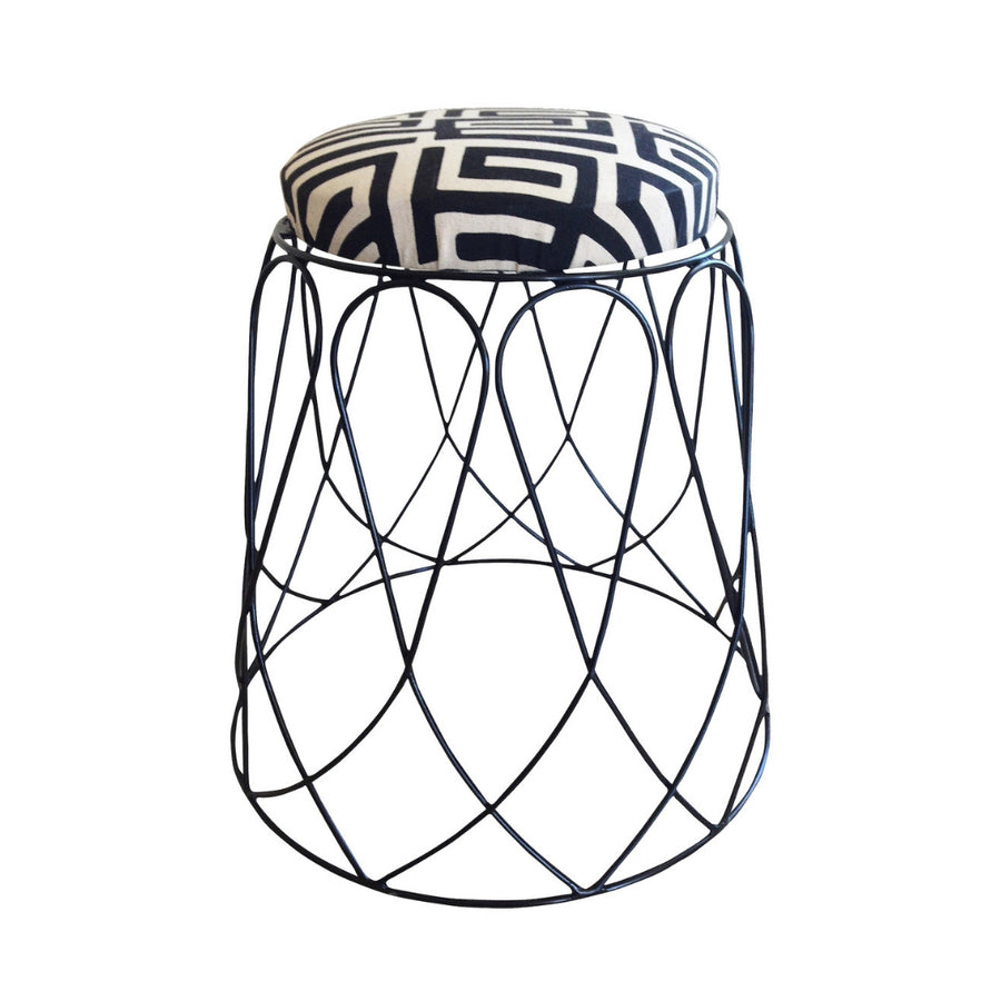 Loop Stool - KNUS