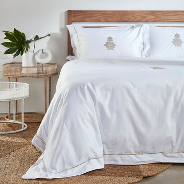 Caernavon Embroidery Duvet Cover Set - KNUS