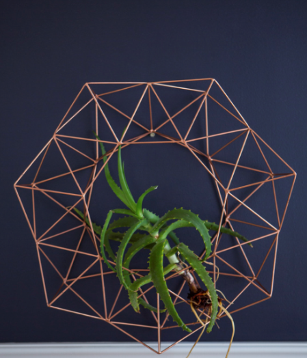 Geometric Wreath I - KNUS
